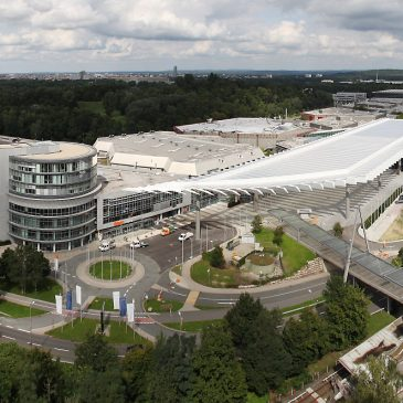 Heute wird der neue Eingangsbereich des CCN Mitte der NürnbergMesse offiziell eröffnet