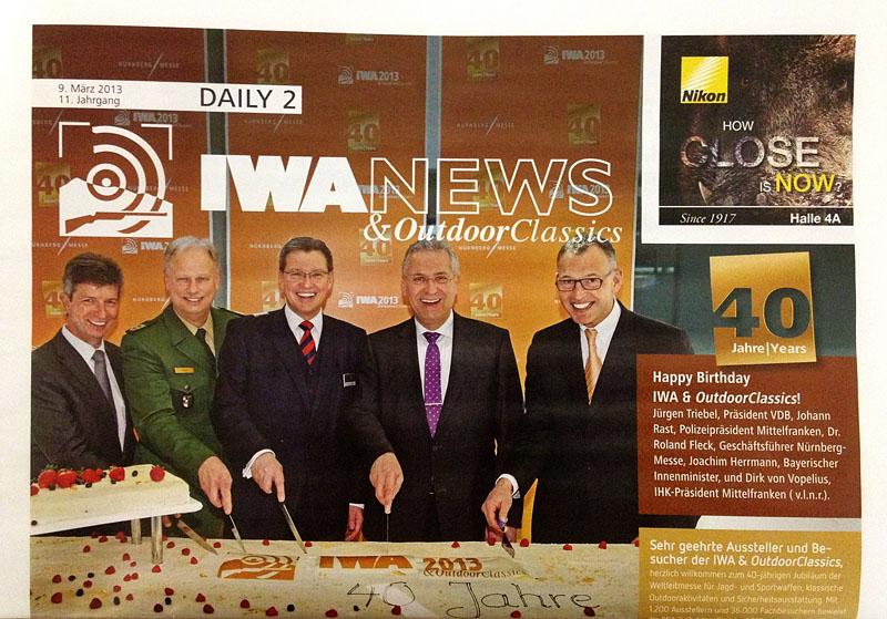 Titelbild der Messezeitung IWA News