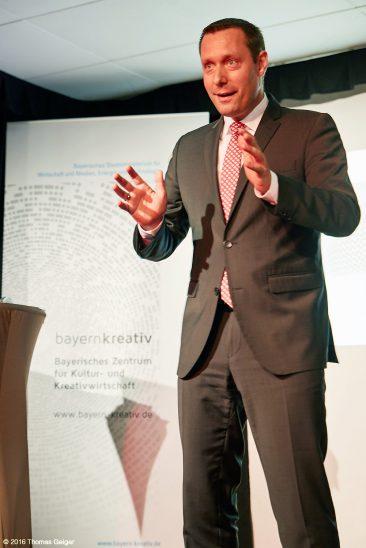 Armin Kroder, Landrat des Landkreises Nuernberger Land und Ratsvorsitzender der Metropolregion Nuernberg;