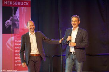 Classic meets Pop - Festivalleiter Johannes Tonio Kreusch (l) und der 1. Bürgermeister der Stadt Hersbruck, Robert Ilg (r)