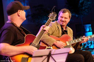 Blues & Jazz Guitar Night - Ulf Wakenius und Andreas Dombert
