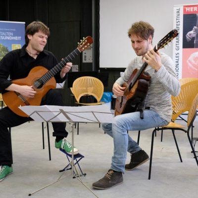 Abschlusskonzert der Festivalteilnehmer im AOK Bildungszentrum Hersbruck - Richard Darian und Martin Staeffler